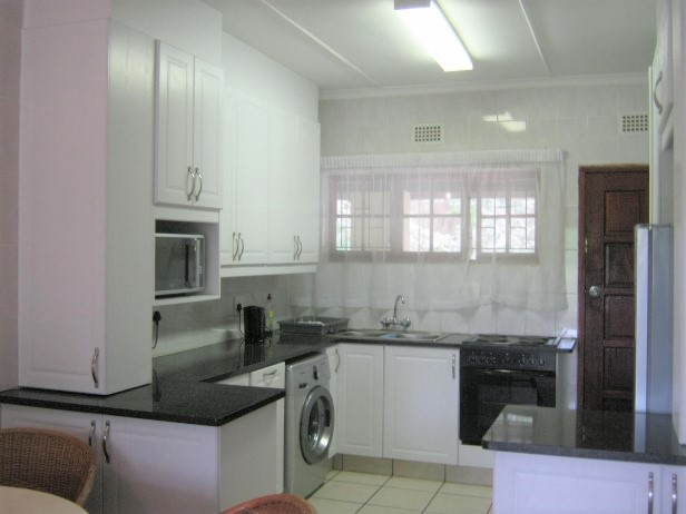 2 Bedroom Top Floor Apartment for sale in Banners Rest,Port Edward