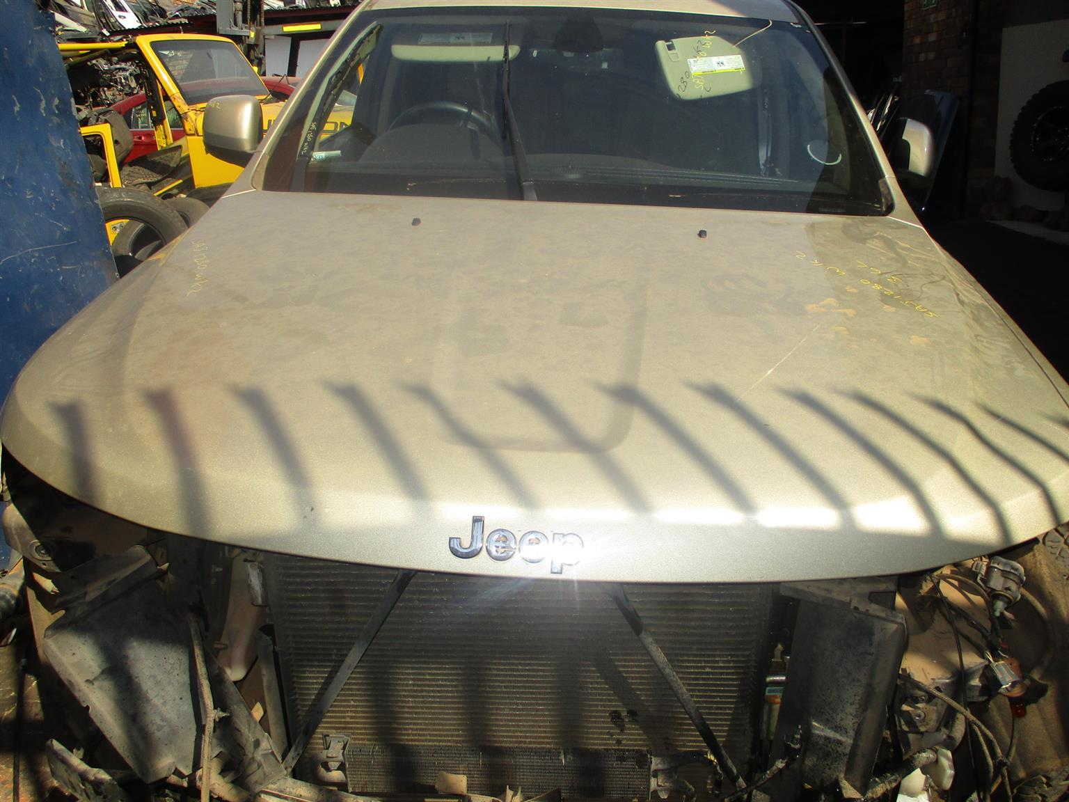 JEEP GRAND CHEROKEE WK2 3.6 STRIPPING FOR SPARES/PARTS (FOR SALE)