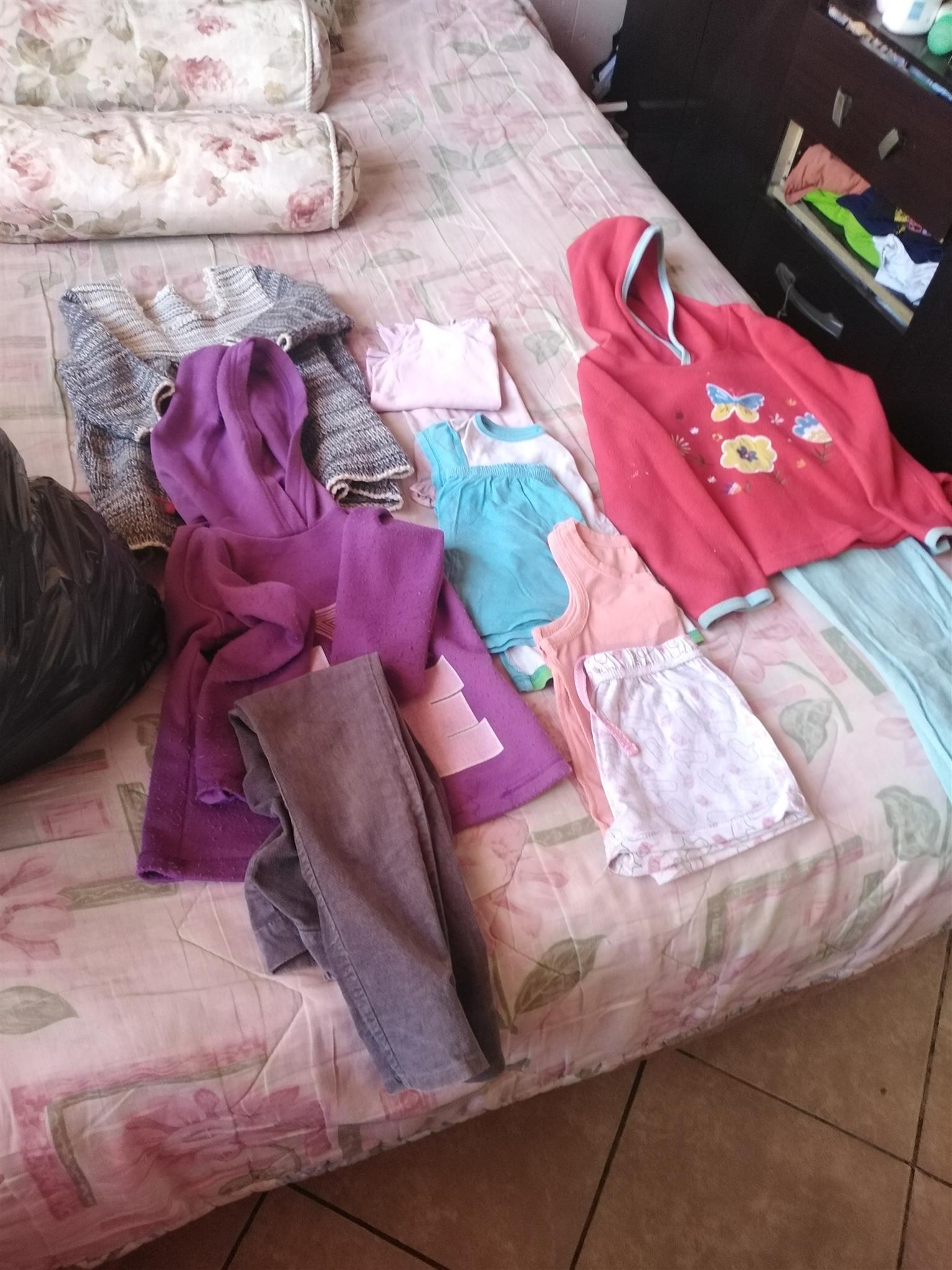 Second hand clothing for kids and curtains