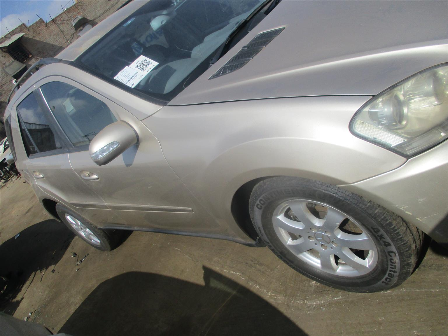 MERCEDES BENZ W163 ML350 SUV 2005 STRIPPING FOR SPARES !