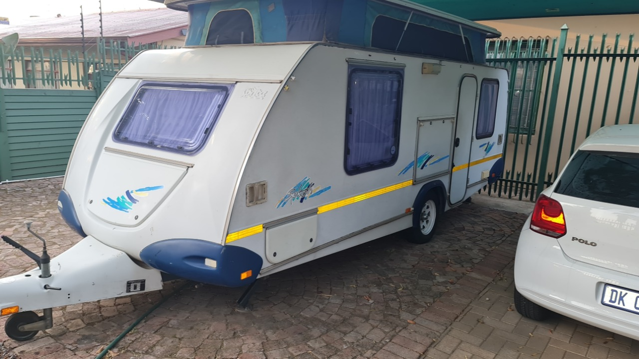 2000 Model Sprite Splash caravan