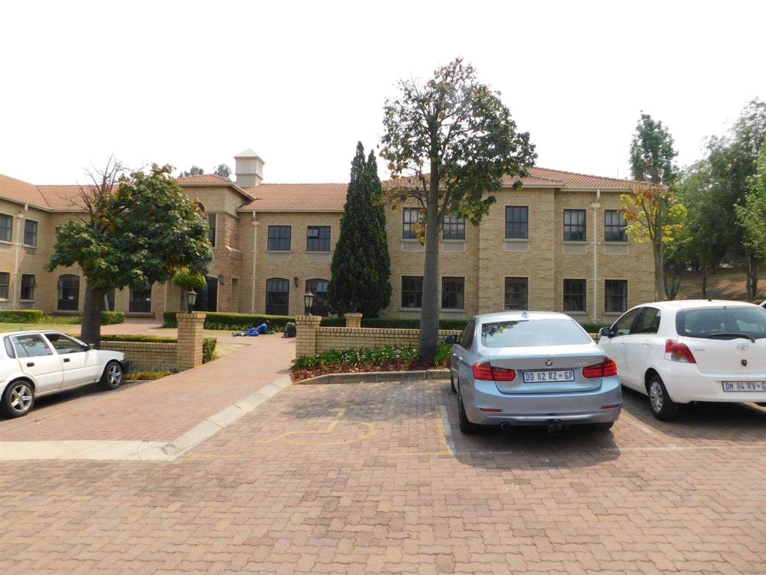 Office Rental Monthly in BRYANSTON
