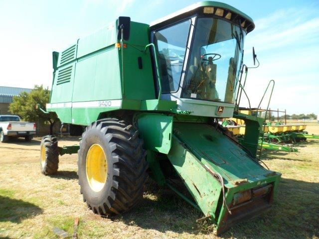 John Deere 9400 Combine Harvester