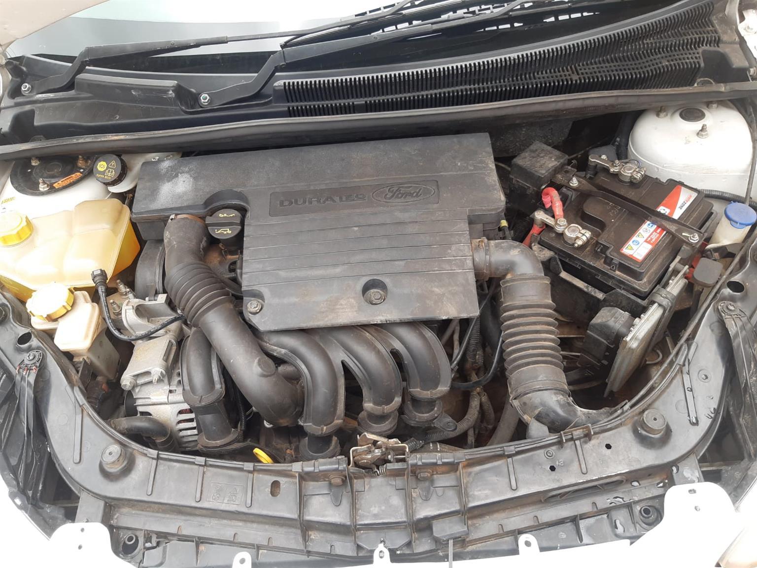 2015 Ford Figo hatch FIGO 1.5Ti VCT AMBIENTE (5DR)