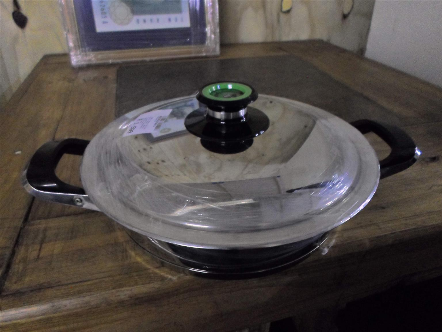 AMC 24cm Pot.