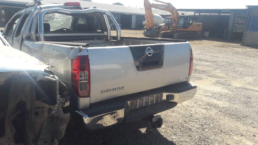2011 Nissan Navara 2.5 4x4 Stripping for spares