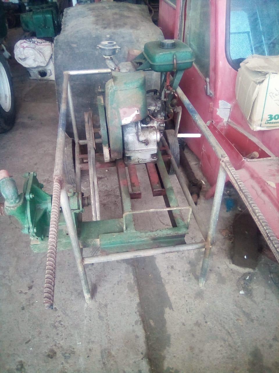Petter engine met centrifugale pomp