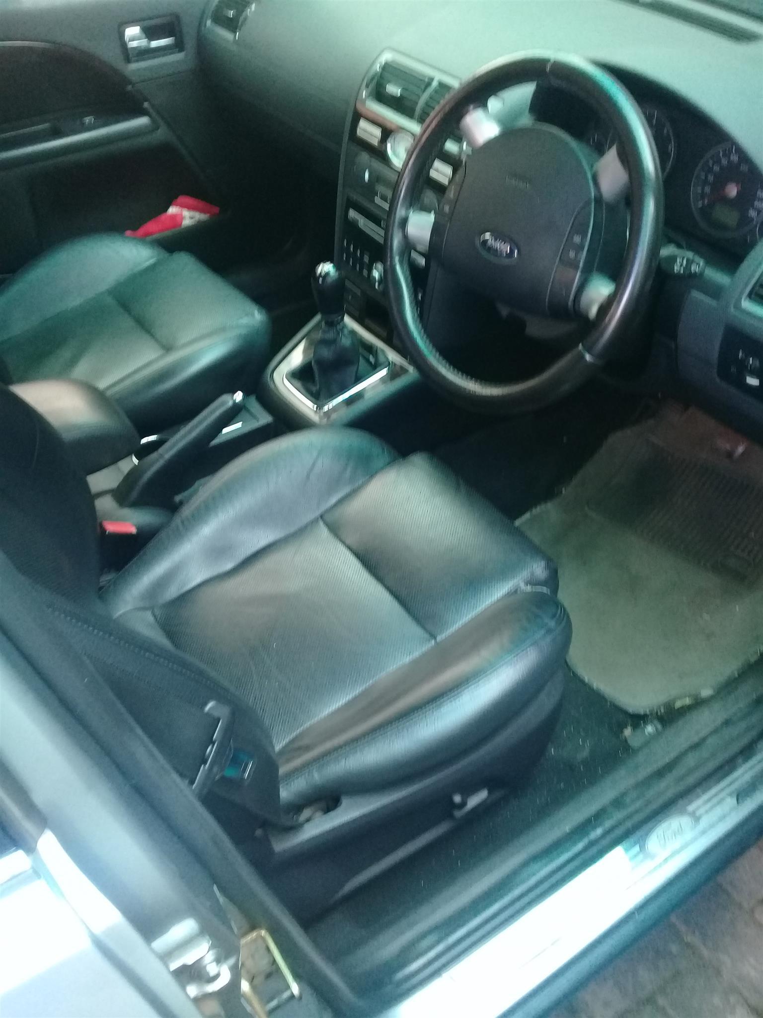 2005 Ford Mondeo 2.0 Ghia
