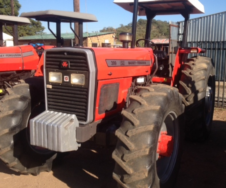 S3105 1997 Red Massey Ferguson (MF) 399 74kW/100Hp Pre-Owned Tractor