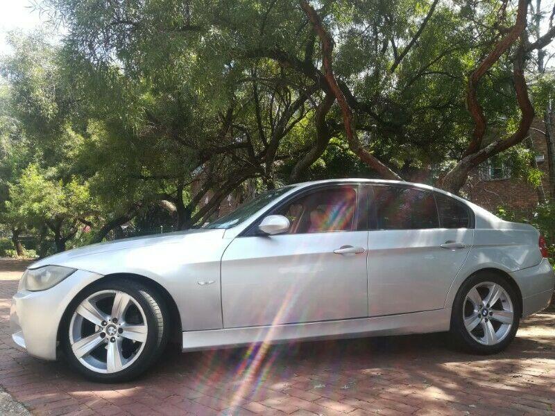 BMW E90 320D auto