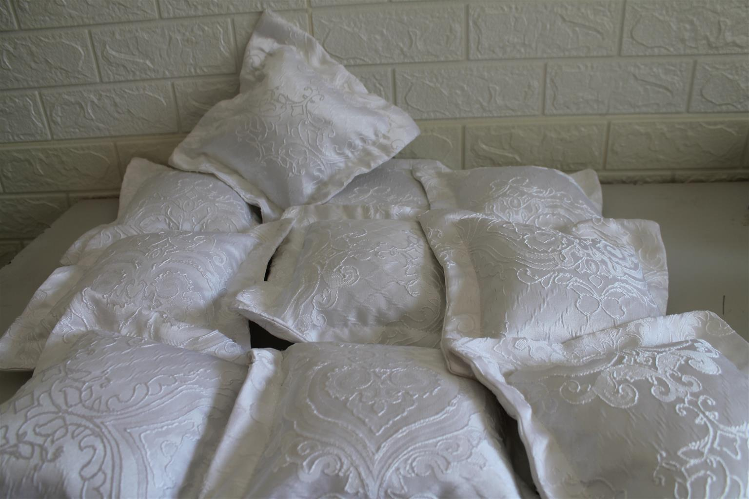 Mini Scatter Cushions For Hire