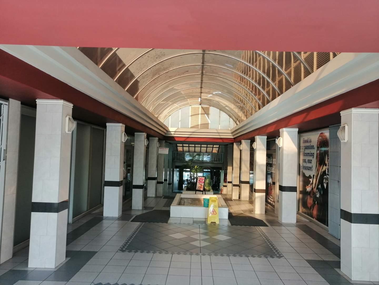Retail Rental Monthly in Newton Park