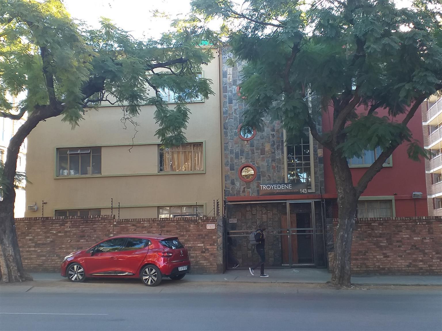 Bachelor flats Troydene - 143 Troye Street Sunnyside.