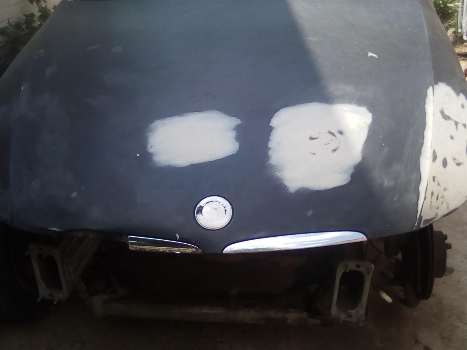 Body parts for sale for BMW(3 Series) E90 320d including several other parts price negotiable