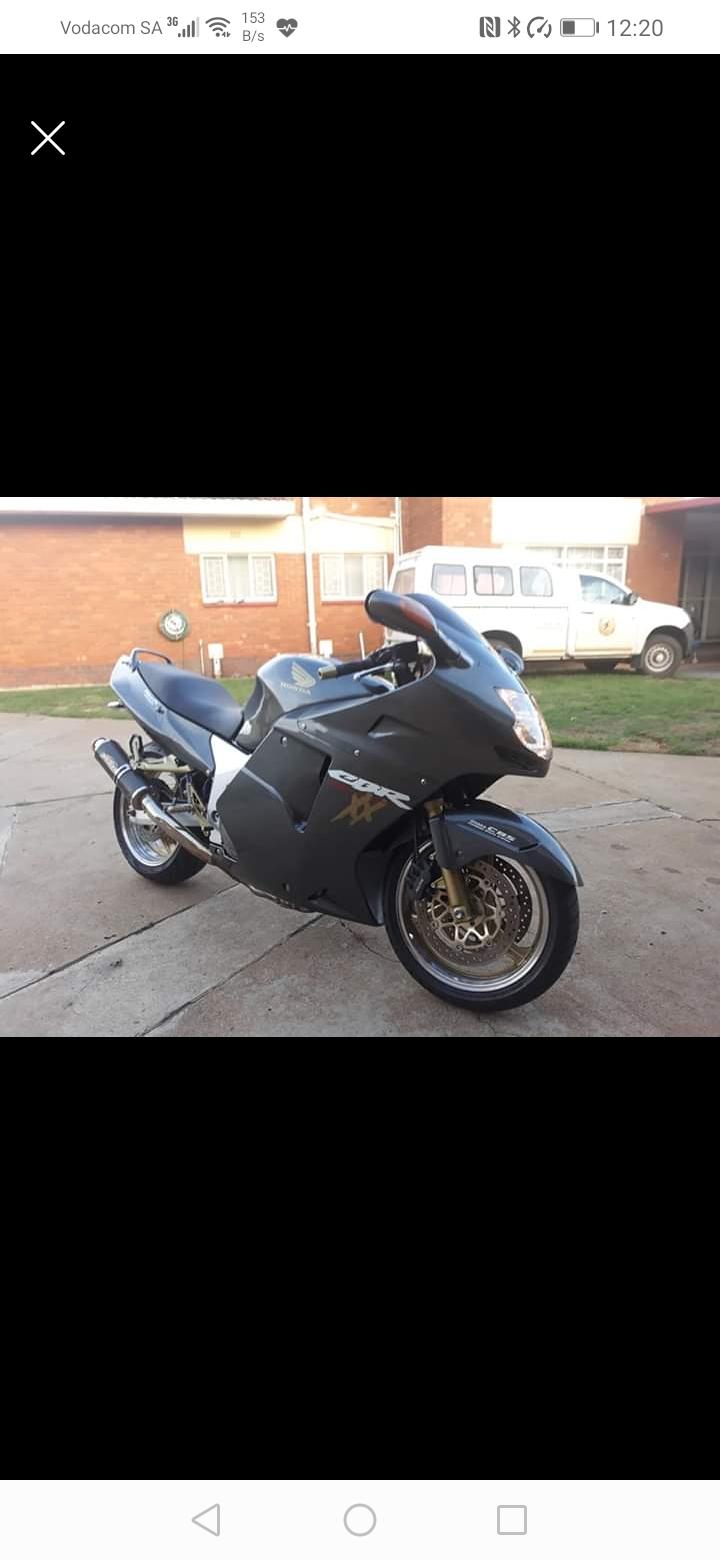 2002 Honda Blackbird