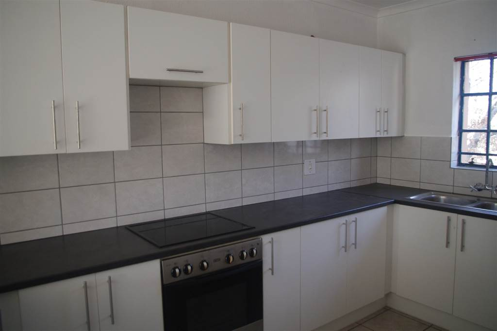 Townhouse For Sale in Noordwyk