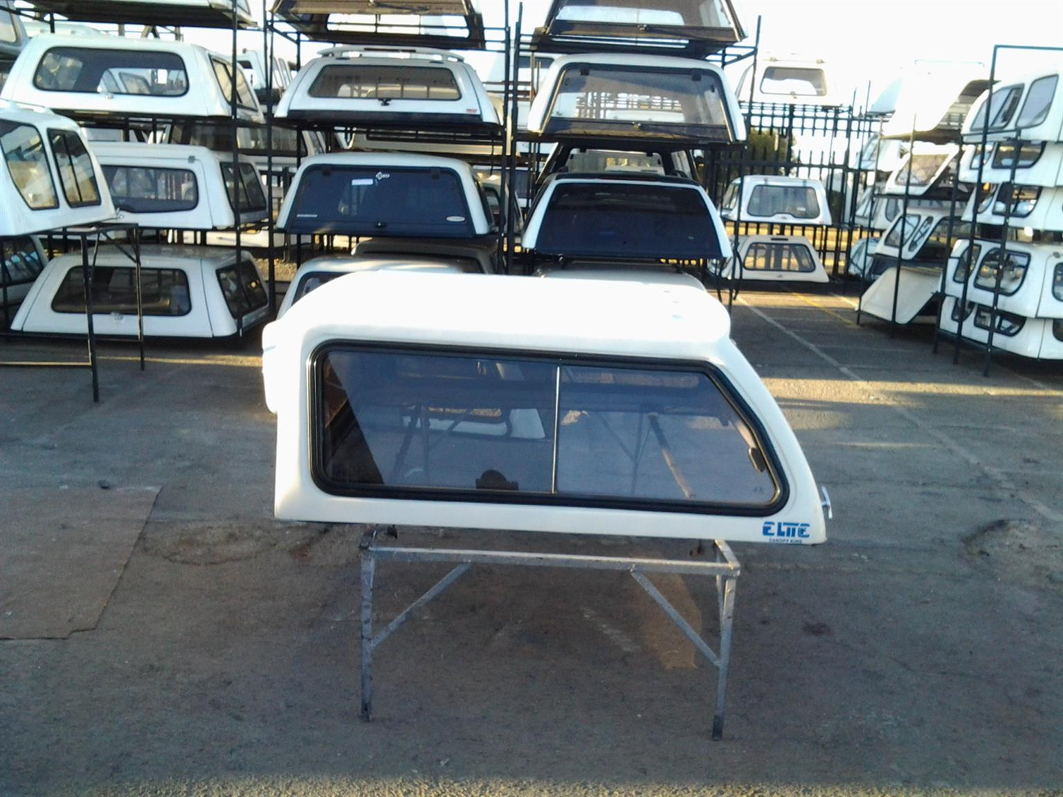 PRE OWNED CANOPY KING FORD RANGER PRE 2007 DC CANOPY FOR SALE!!!!