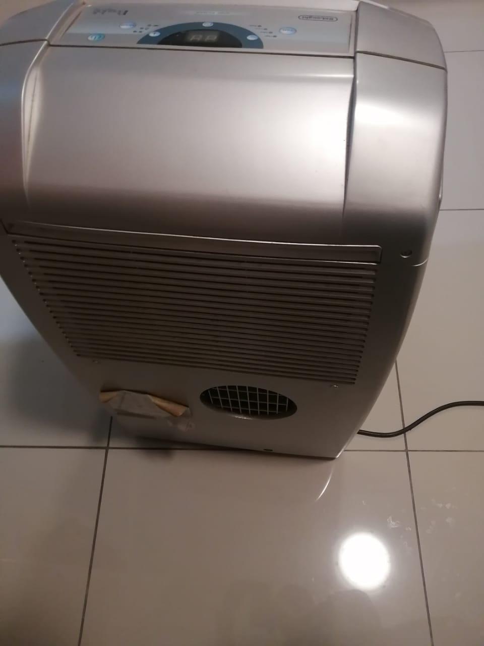 DeLonghi portable silver aircon