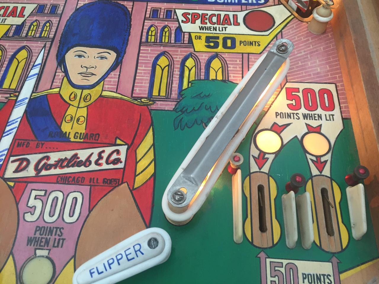 Palace Guard, a 1 player pinball machine manufactured by Gottlieb