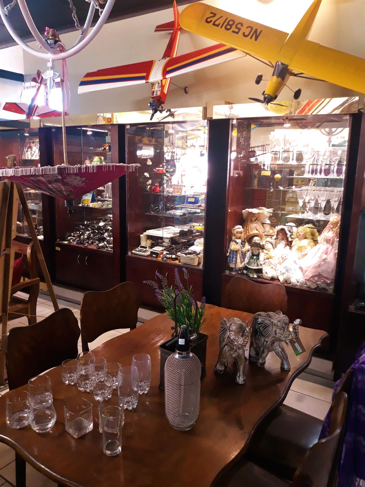((((Second Hand Antique shop for sale in Mossel Bay area)))))