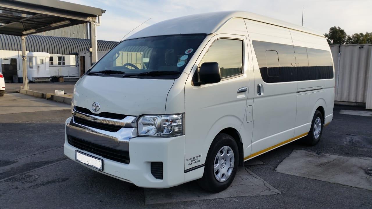ee63da23aa 2012 Toyota Quantum 2.5D 4D GL 14 seater bus