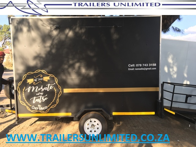 CHEF MMUDI. MOBILE KICHEN. CATERING TRAILER.