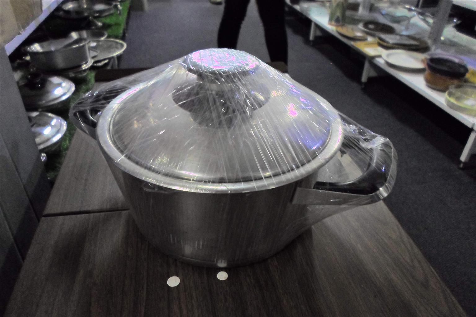 20cm High AMC Pot