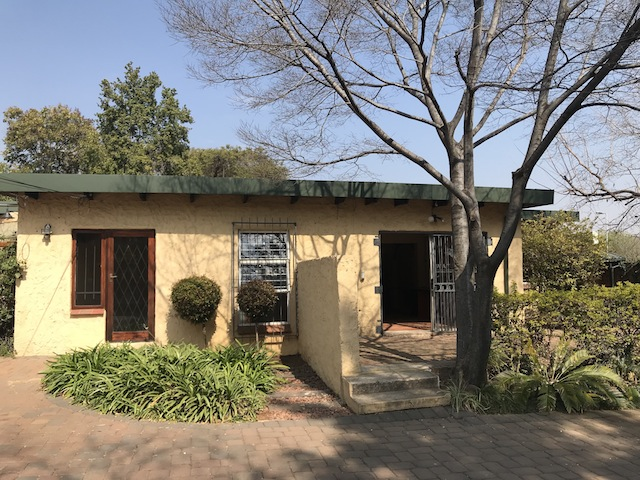 PRIME OFFICE/BUSINESS SPACE available in Jacqueline Drive near Menlyn Maine