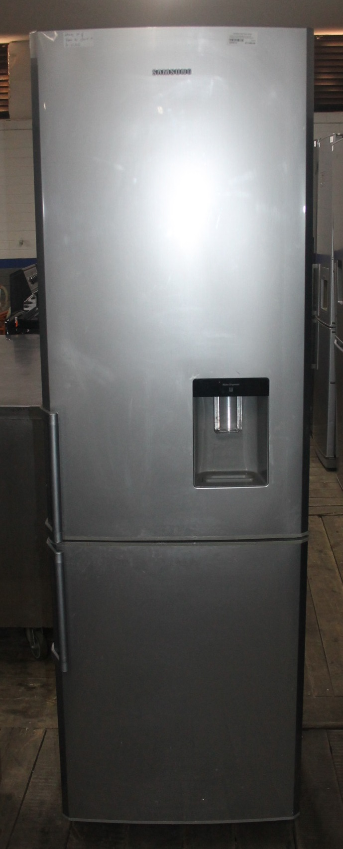 Samsung 2 door fridge with water dispenser S044911A #Rosettenvillepawnshop