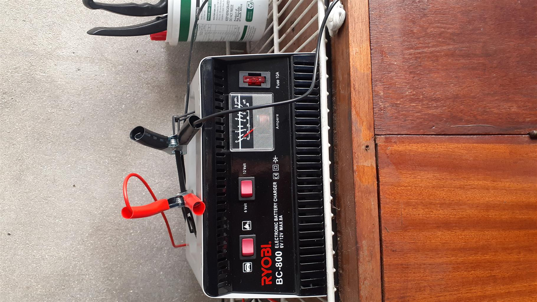 Battery repair maintenance and service all 6v and 12v batteries  satisfaction GIARANTEED
