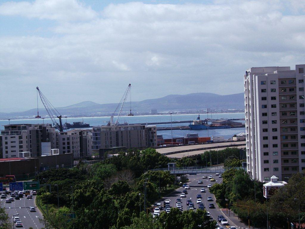 One Bedroom Apartment in Quayside- CPT