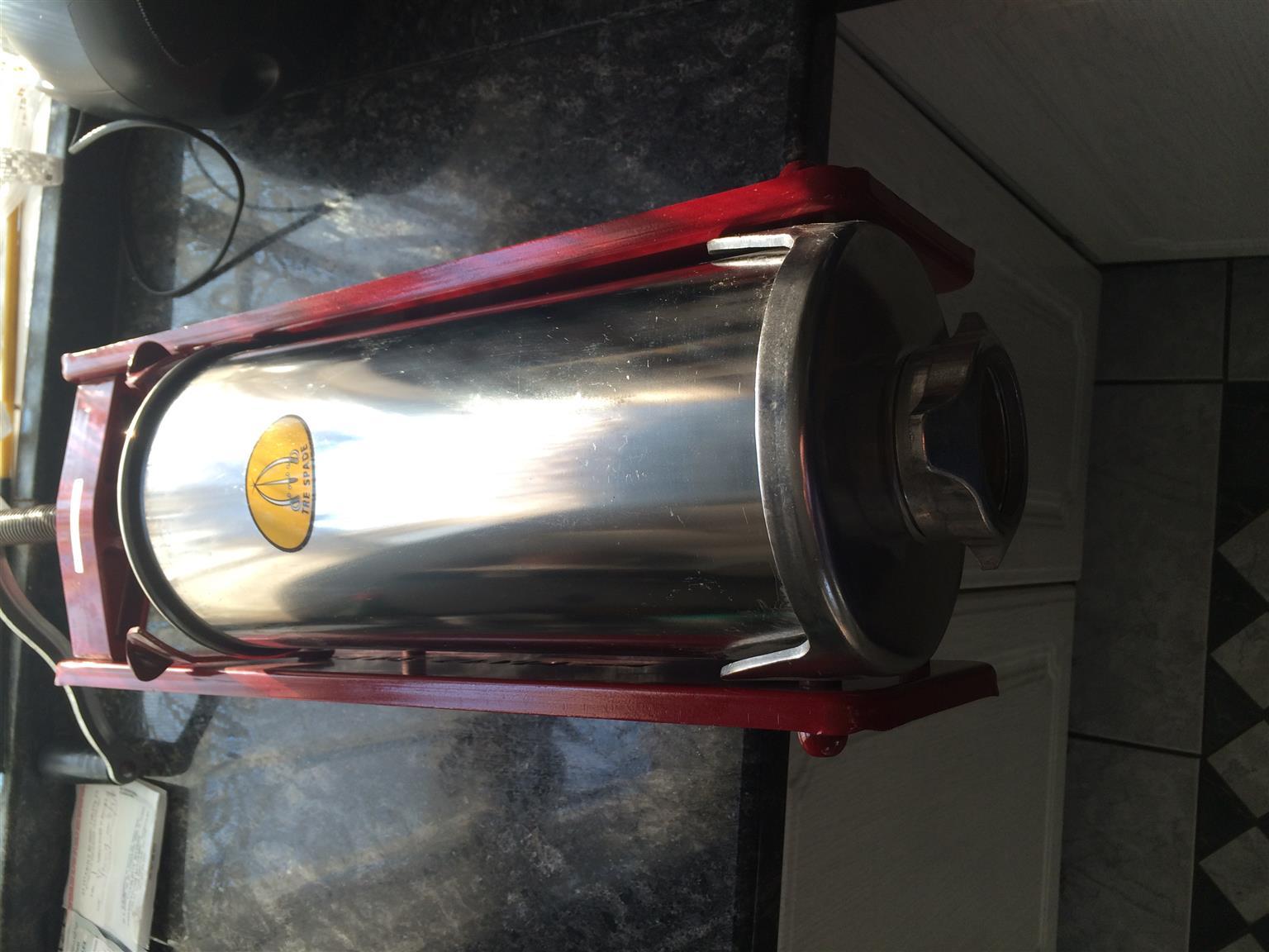 Brand new Tre Spade sausage machine