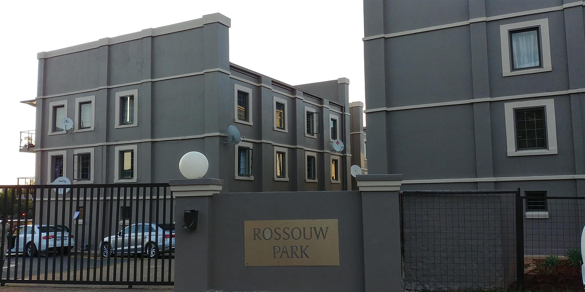A room in spacious 3 bedroom apartment in a neat secure and quiet suburb available on 1st February 2019 for R 2000pm