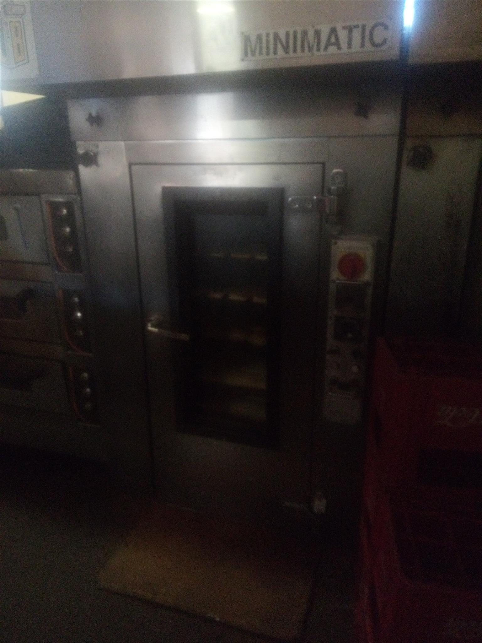 Hi I'm selling good condition micromatic oven for about  105 bread