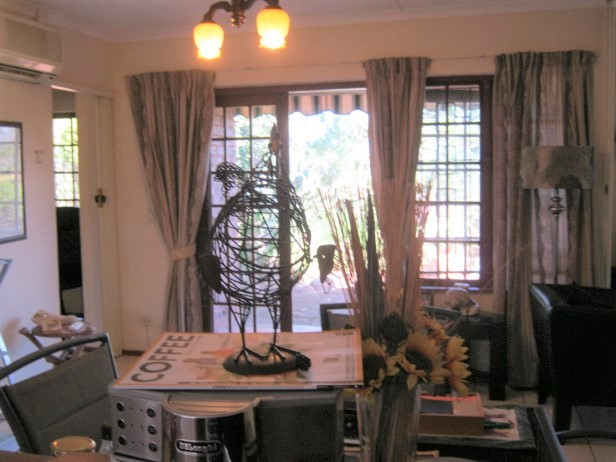 2 Bedroom Townhouse for sale in Banners Rest Village , Port Edward.