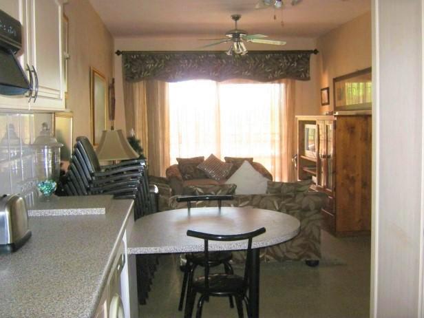 2 Bedroom,2 Bathroom Ground Floor Apartment for sale in Port Edward.