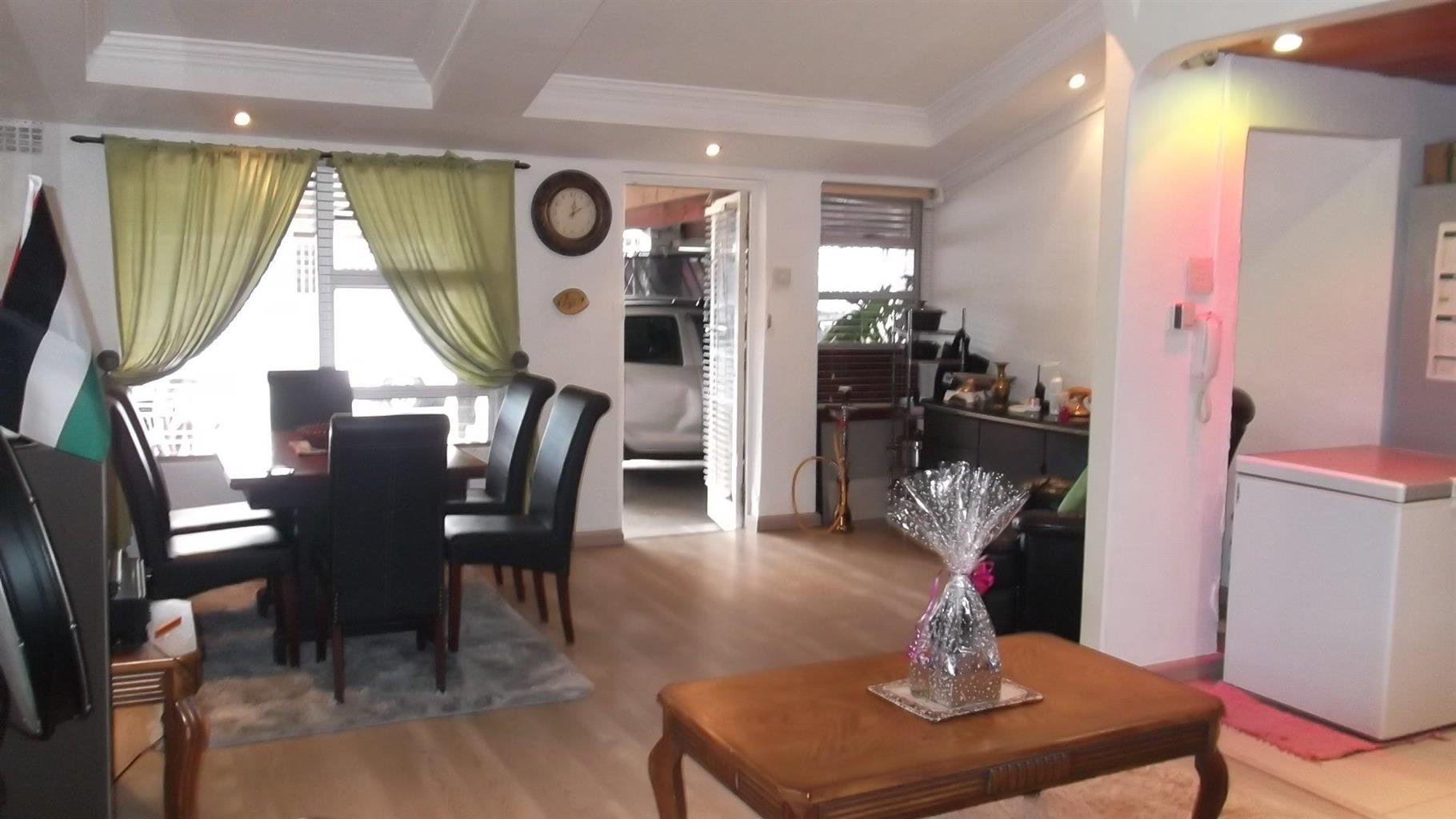 House For Sale in Bonteheuwel