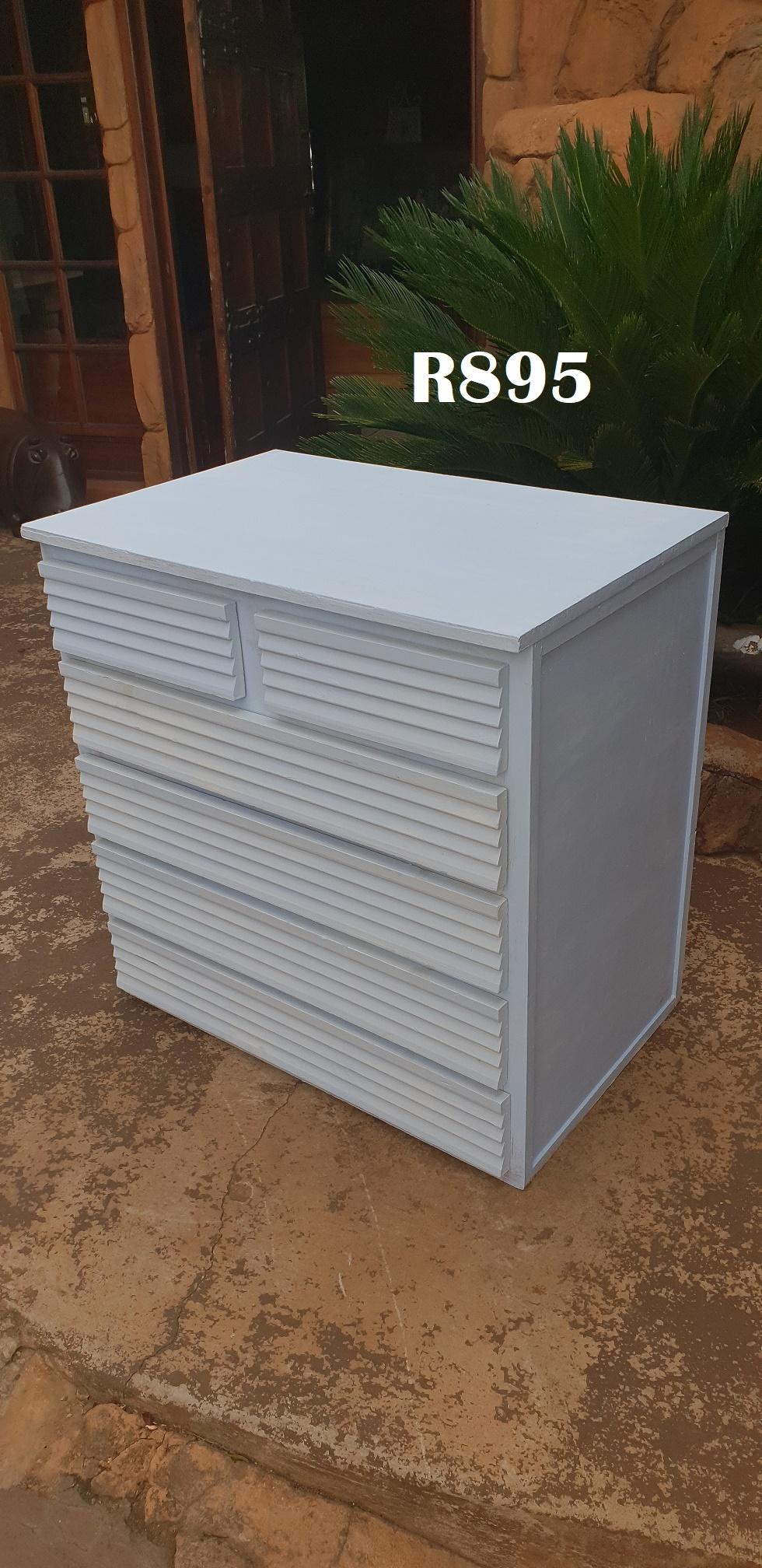 6 Drawer White Chest (800x525x780)