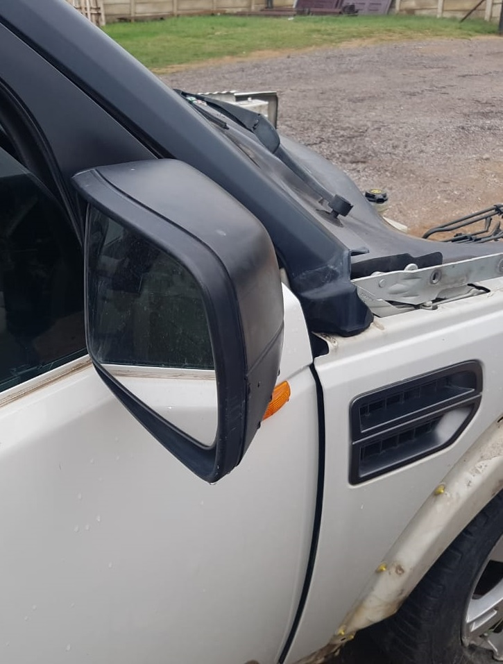 Land Rover used spares - Discovery 3 Side mirrors