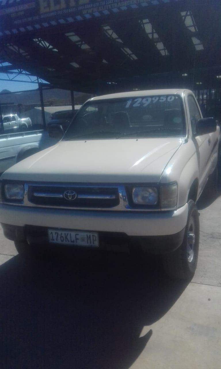2000 Toyota Raider