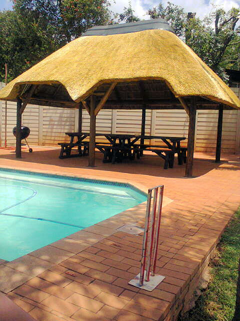 Lapas, Thatch Roofs, Thatch Repairs and mantainance
