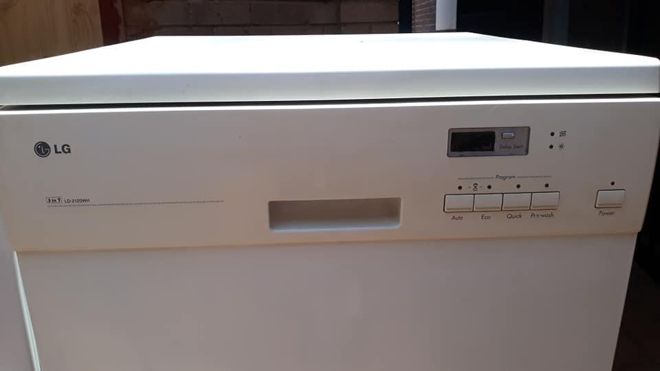 White Bosch dishwasher for sale