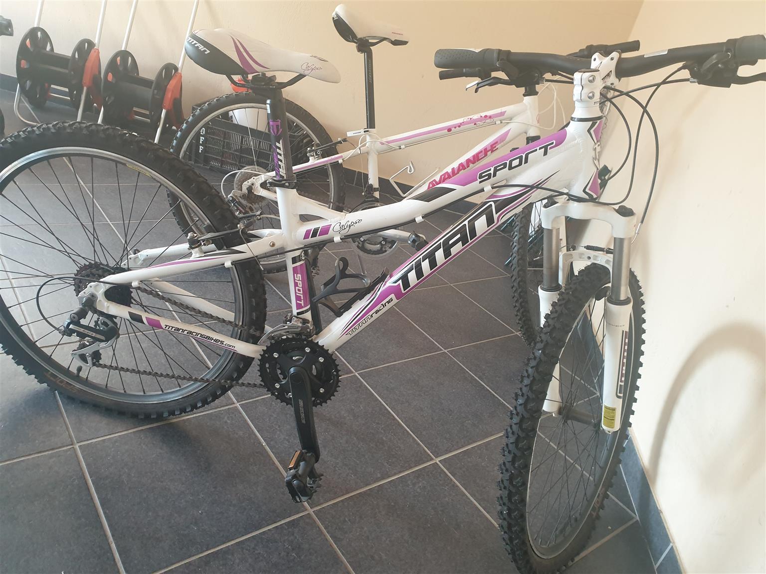 "Titan racing girls bicycle ""26"