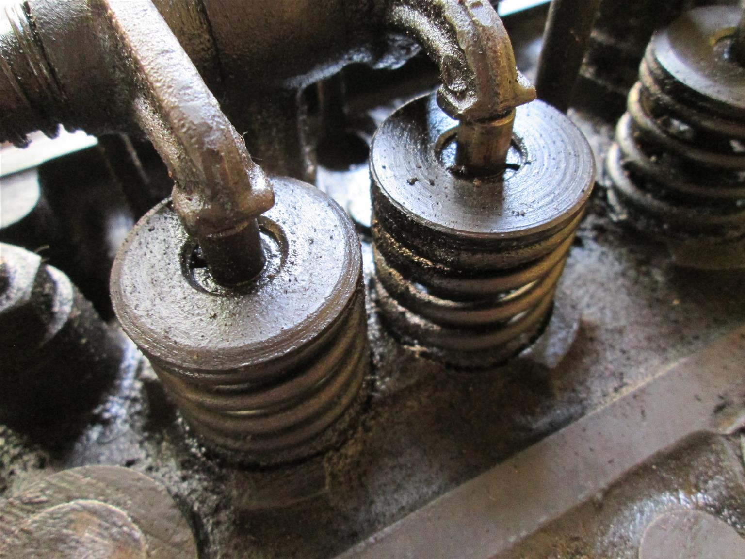MF Vaaljapie tractor engine (#1), Massey Harris Ferguson, petrol / paraffin, 4-cylinder, TE20
