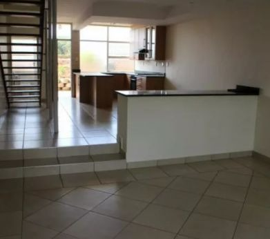 Apartment For Sale in Lyttelton Manor