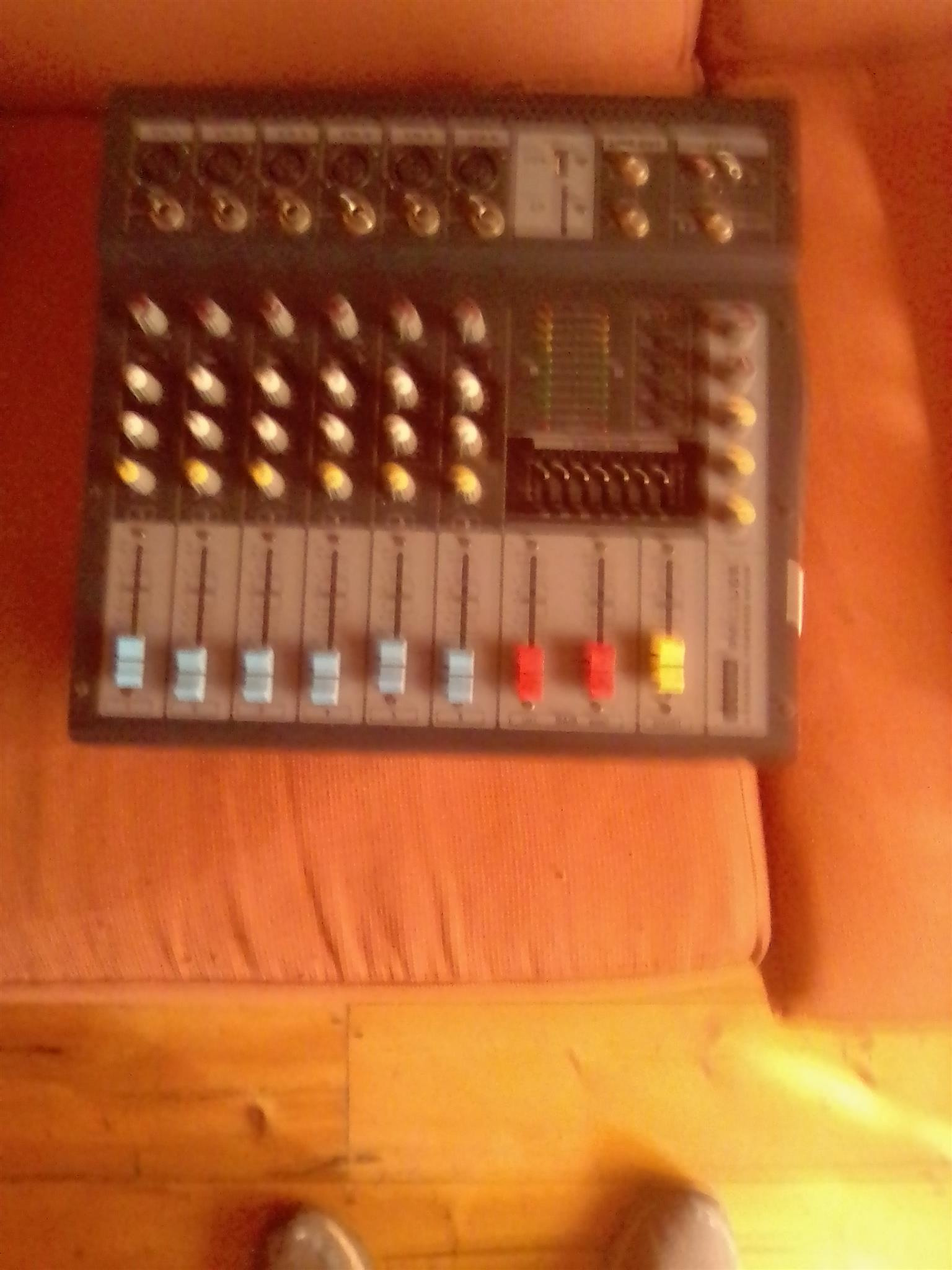 Dixson 6ch amp and mix
