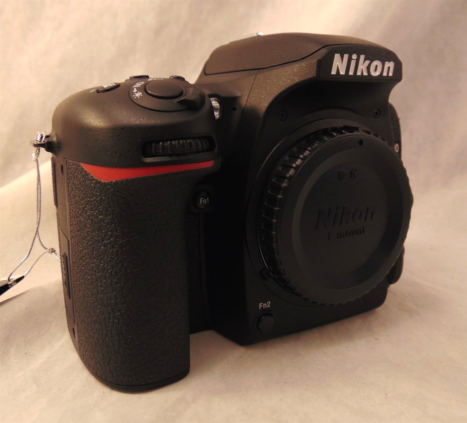 preused Nikon d7500 body