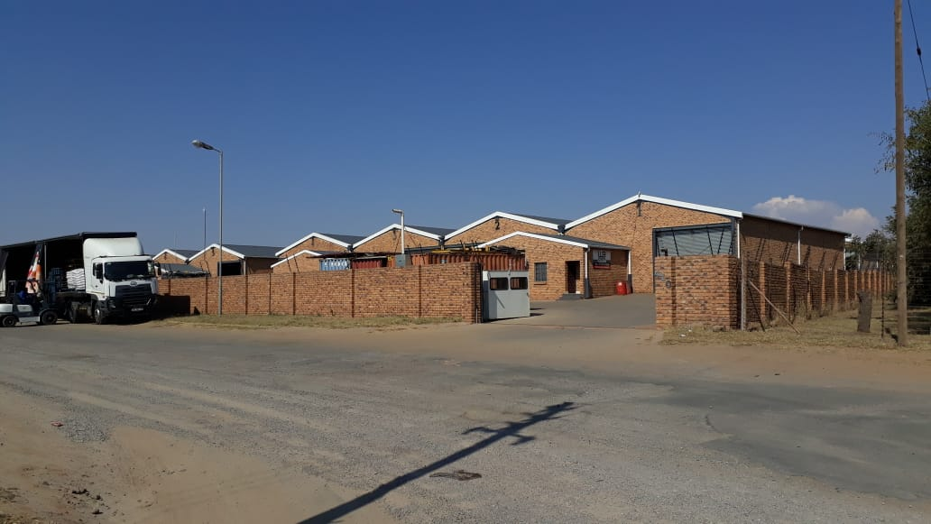 NEWLY BUILT FACTORY TO LET IN DERDEPOORT PRETORIA