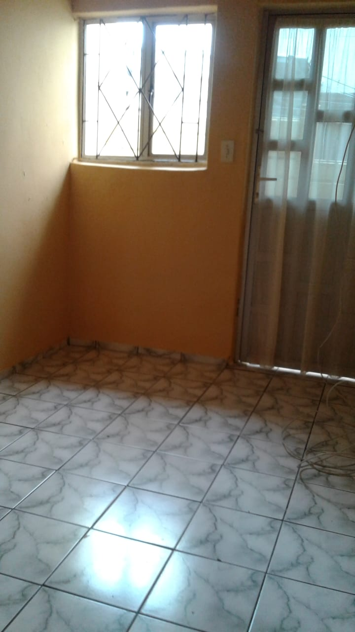 Looking for Tenant 3300 incl westcliffc chatsworth outbuilding