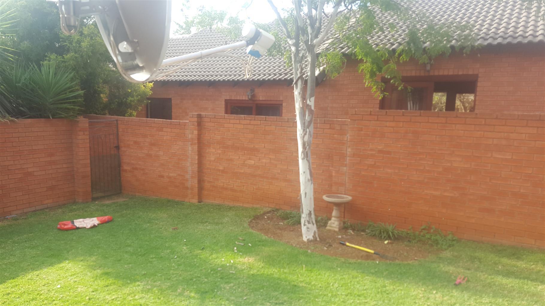 2 Bedroom Townhouse to Rent